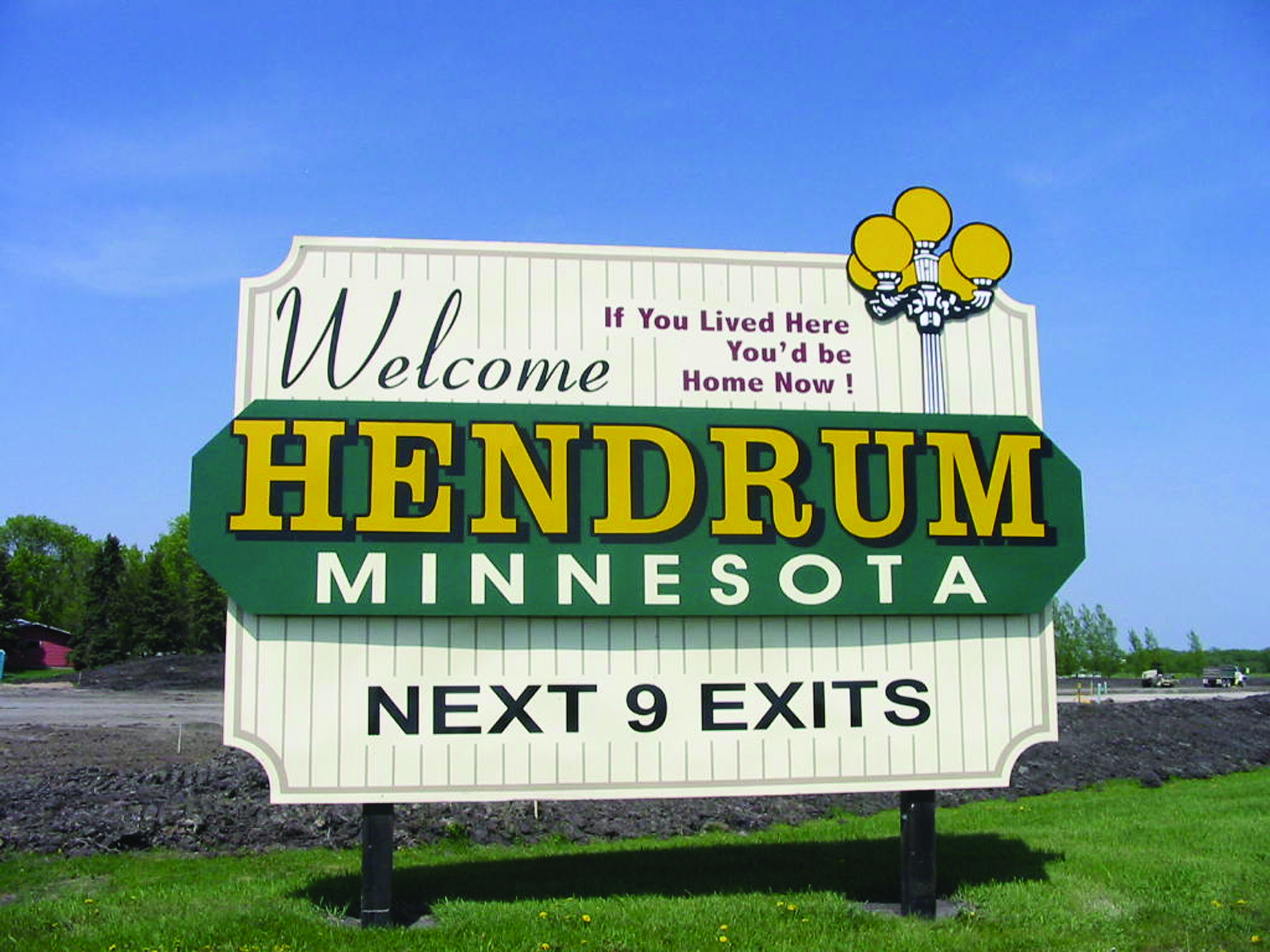 Hendrum sign color.jpg